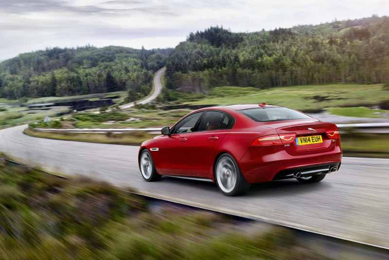 jaguar-orders-the-start-of-the-new-sports-saloon-models-xe20150604-8 (1)