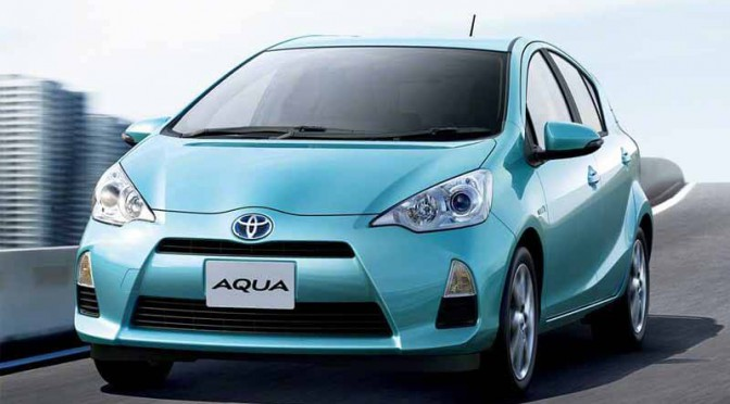 自販連、6月と2015年(1~6月)の乗用車系車名別ランキング、12カ月連続アクアが首位