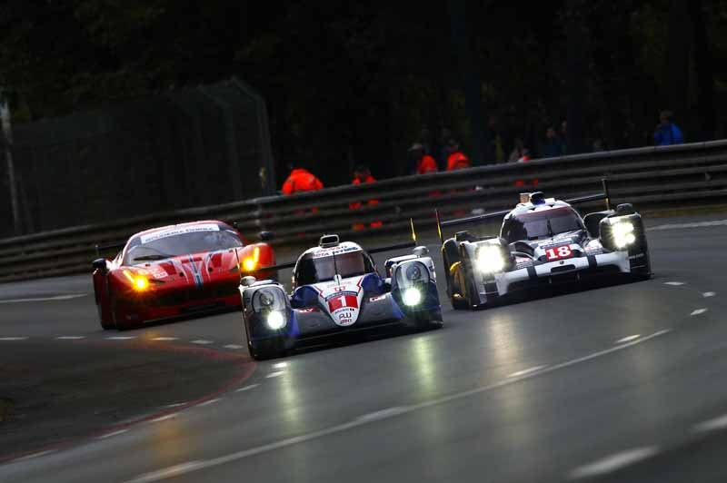 le-mans-24-hours-toyota-gazoo-racing-qualifying-first-day-7-8-fastest20150611-12-min