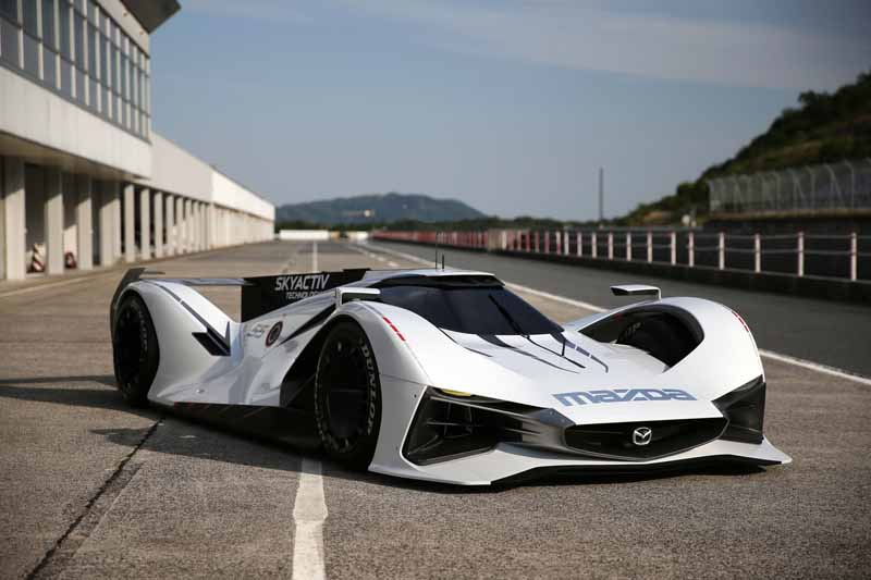 mazda-and-participated-in-the-2015-goodwood-festival-of-speed20150627-5-min