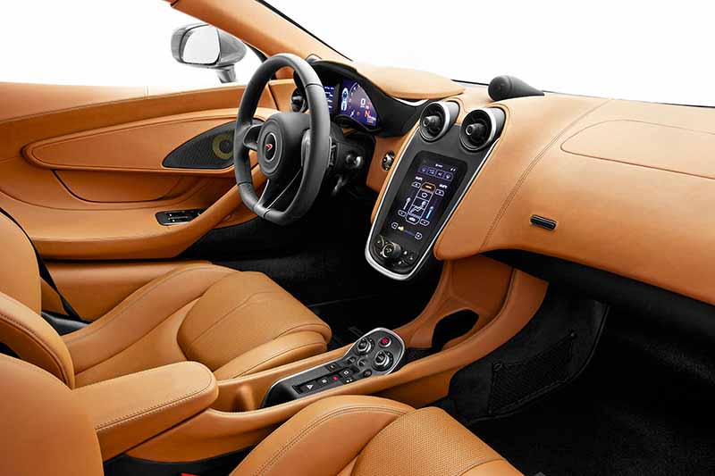 mclaren-japan-premiere-sports-series-mclaren-570s-540c-coupe20150605-10-min
