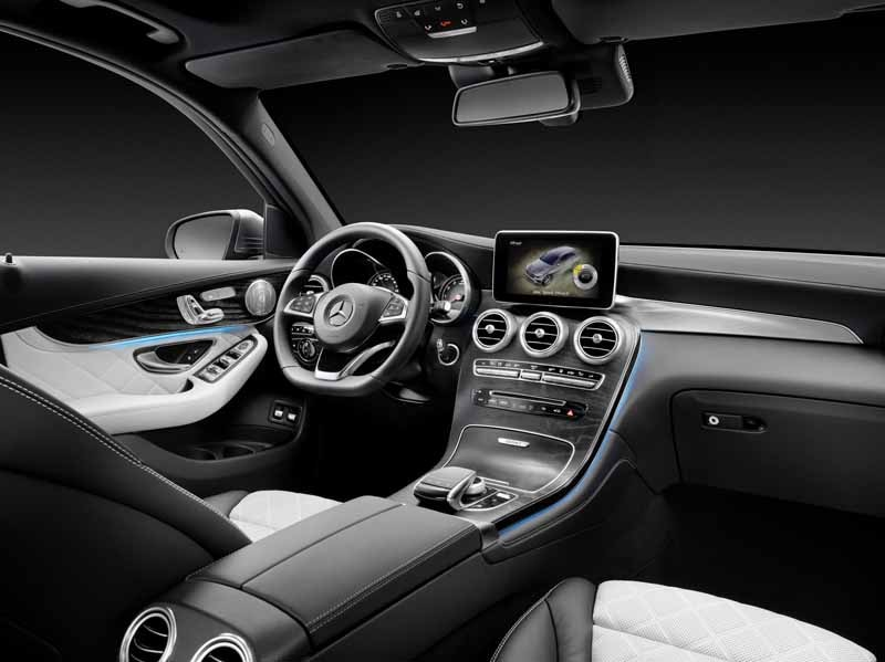 mercedes-benz-the-worlds-first-published-the-new-crossover-suv-glc20150618-13-min