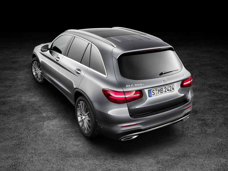 mercedes-benz-the-worlds-first-published-the-new-crossover-suv-glc20150618-25-min