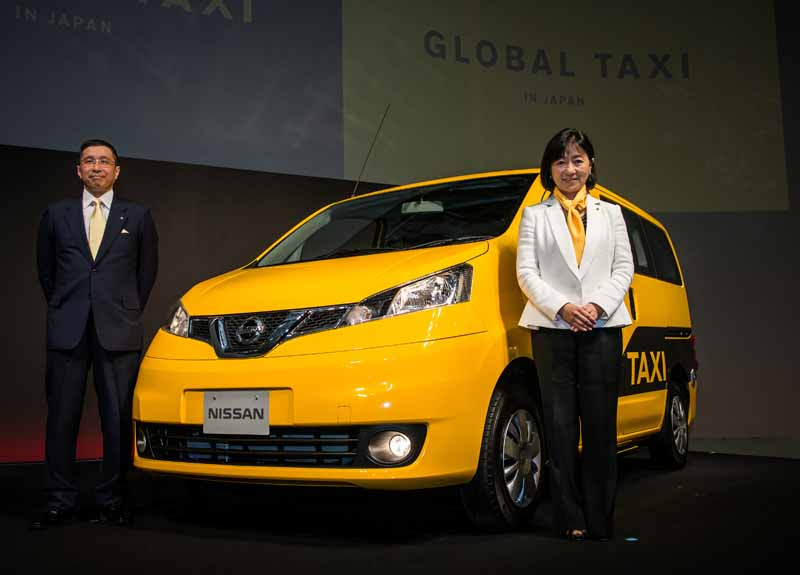 nissan-conducted-in-tokyo-the-nv200-taxi-starting-formula20150608-2-min