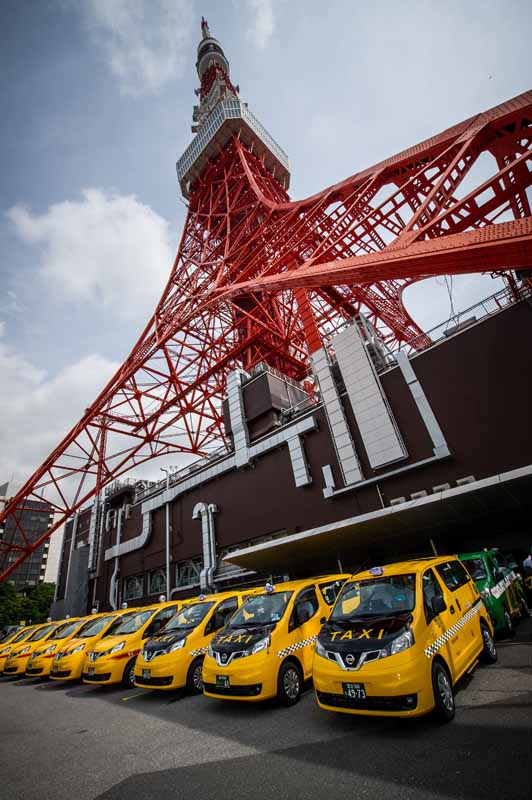 nissan-conducted-in-tokyo-the-nv200-taxi-starting-formula20150608-4-min