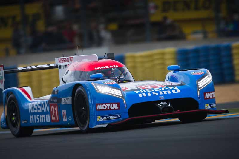 nissan-public-viewing-of-the-le-mans-24-hour-race-at-the-global-headquarters-gallery20150605-1-min