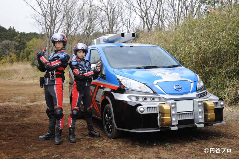 nissan-the-vehicle-sponsor-of-the-tv-series-ultraman-x20150615-3-min