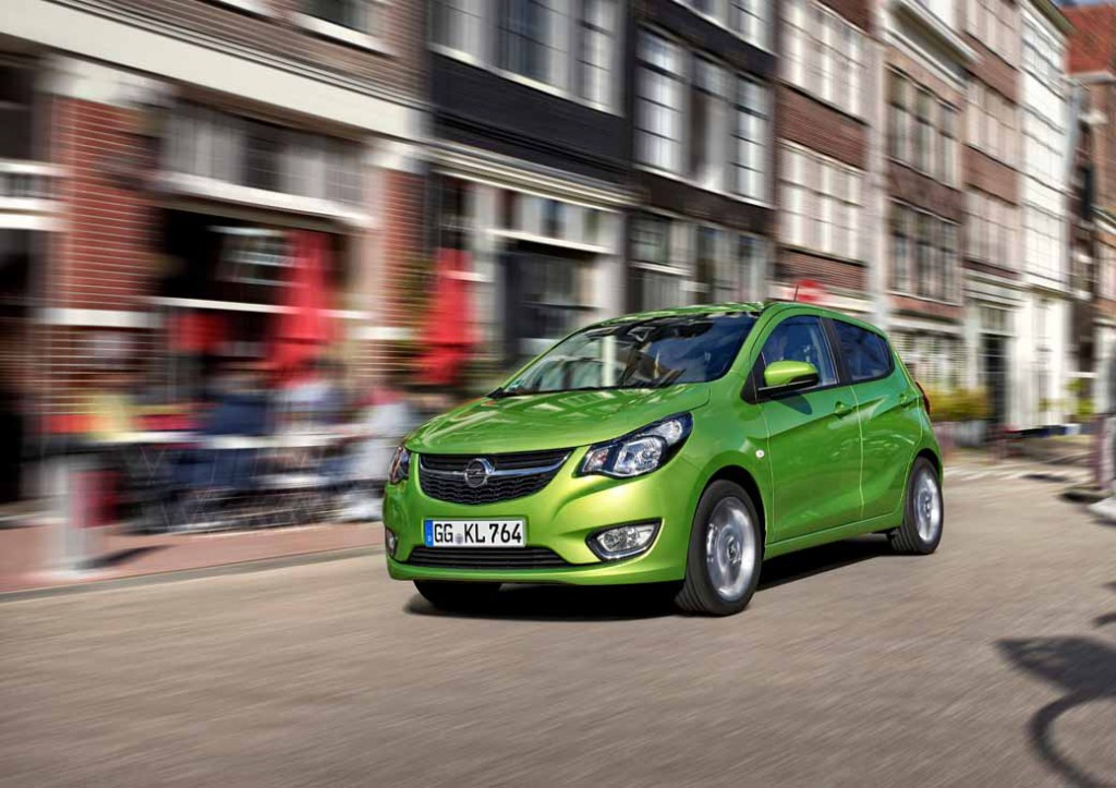 opel-compact-car-and-announced-the-curl-of-the-five-door-hatchback20150602-2-min