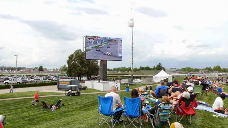 panasonic-and-delivered-the-latest-hd-led-video-board-in-indianapolis-circuit20150604-1