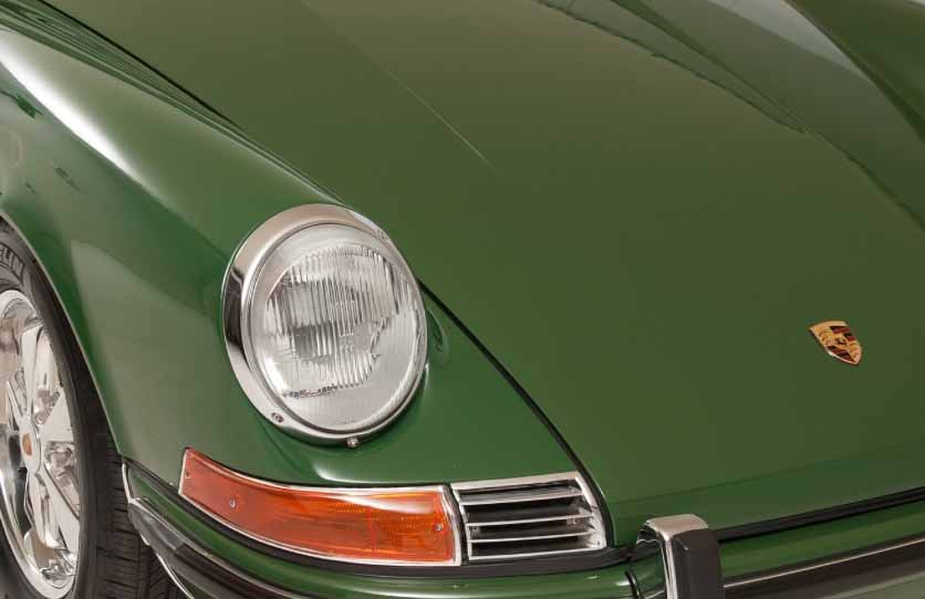porsche-and-reproduce-the-dashboard-for-the-classic-91120150601-1-min