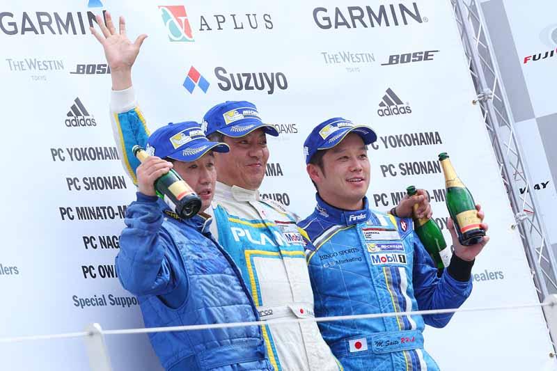 porsche-carrera-cup-japan-2015-round-5-round-620150607-22-min