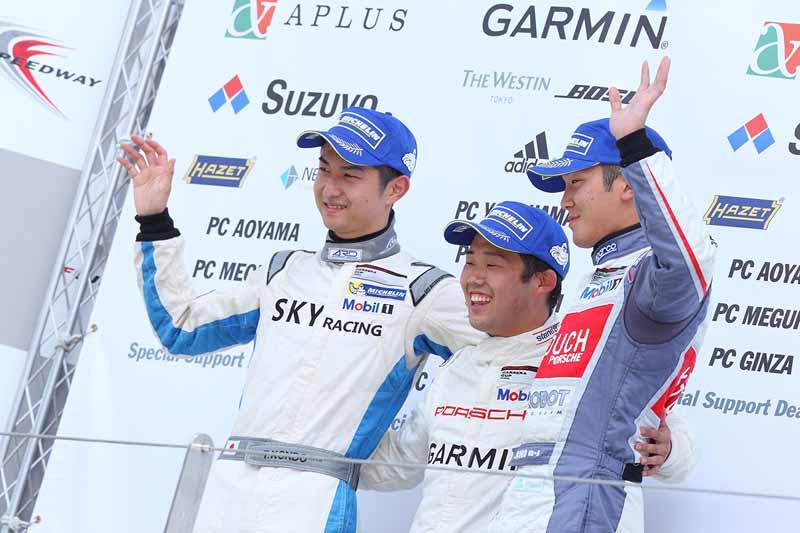 porsche-carrera-cup-japan-2015-round-5-round-620150607-23-min