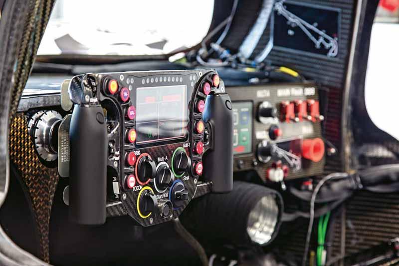 porsche-the-race-activities-foster-the-future-of-car20150605-10-min