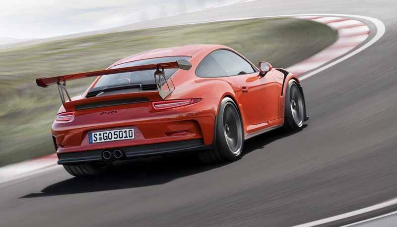 porsche-the-race-activities-foster-the-future-of-car20150605-8-min