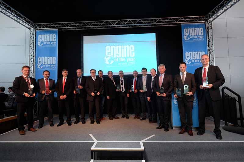 psa-puretech3-cylinder-turbo-engine-international-engine-of-the-year-for2015-award20150618-2-min