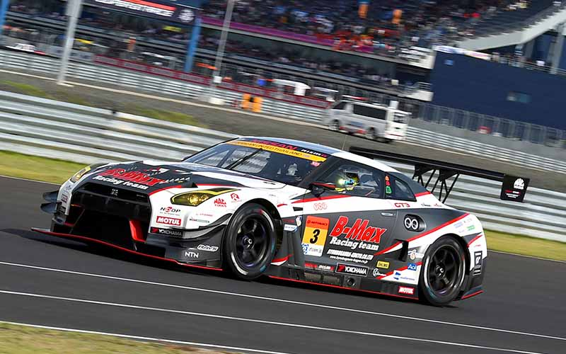 super-gt300-third-round-thailand-b-max-nddp-gt-r-has-won-consecutive-at-where-she20150622-4-min