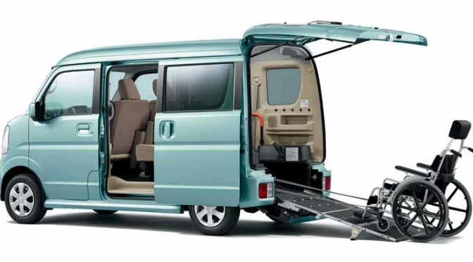 suzuki-and-add-a-wheelchair-move-vehicles-to-every-every-wagon-spacia20150525-3-min
