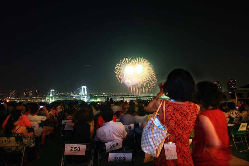 tokyo-bay-great-fire-festival-watch-premium-dinner-sale-88-limited20150617-3-min