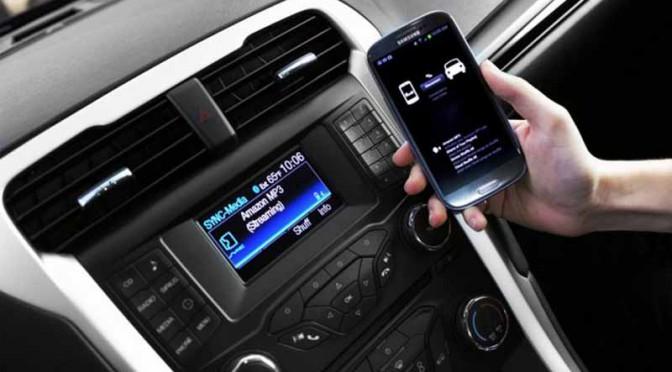 トヨタ、フォードの「スマートデバイスリンク」導入を検討