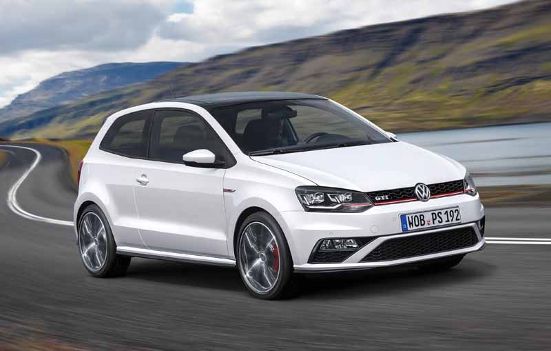 volkswagen-and-orders-the-mt-model-for-the-first-time-in-six-years-from-june-1120150609-8-min