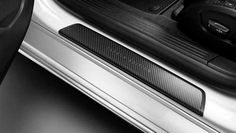 volvo-v40-pre-order-start-at-r-design-carbon-edition-88-cars-limited20150604-3