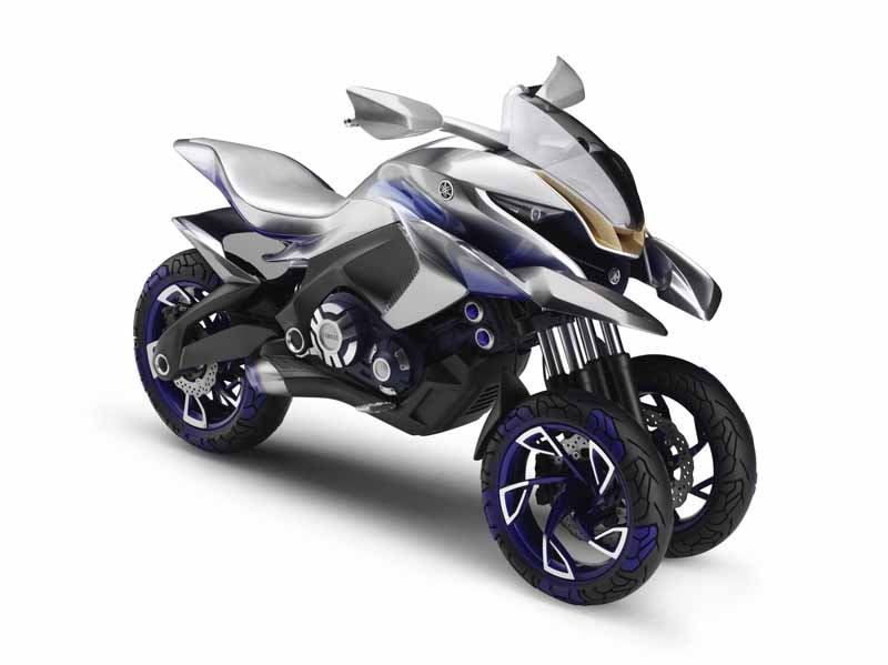 yamaha-and-yamaha-motor-is-up-to-joint-design-event20150612-6-min