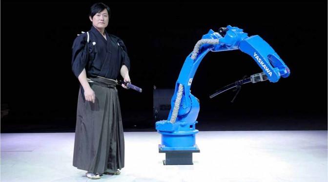 安川電機の産業用ロボットが、居合抜きの神業に挑戦するムービー