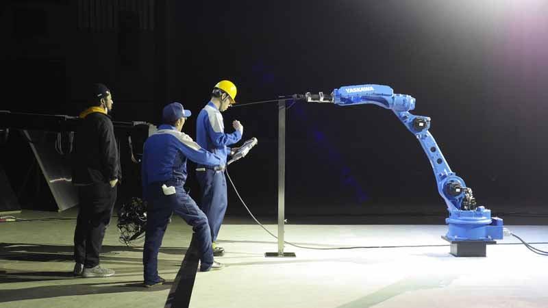 yaskawa-electric-industrial-robot-movie-to-challenge-the-supernatural-of-iainuki20150605-3-min