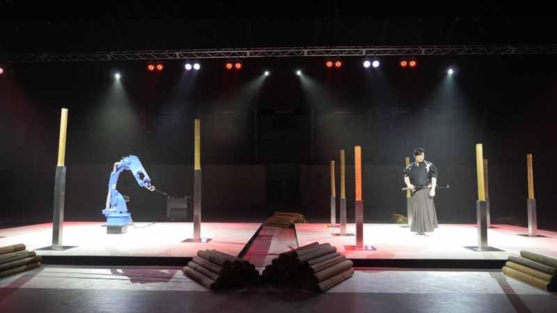 yaskawa-electric-industrial-robot-movie-to-challenge-the-supernatural-of-iainuki20150605-5-min