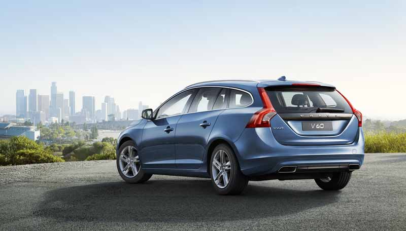 volvo-v40-·-60-by-introducing-new-1-5l-direct-4-t3-and-clean-diesel-d4-renewal20150723-13