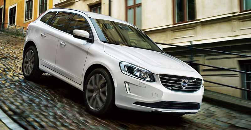 volvo-v40-·-60-by-introducing-new-1-5l-direct-4-t3-and-clean-diesel-d4-renewal20150723-14