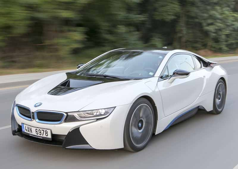 The exhibition the BMW i8 to July 15 as long as Amazon Sale event of %22prime Day%22-1-min