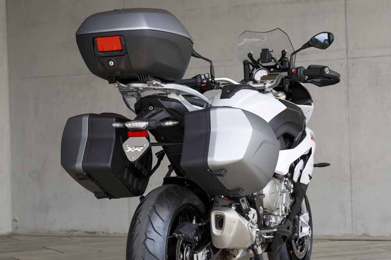 adventure-sports-bike-new-bmw-s-1000-xr-birth20150715-2-min
