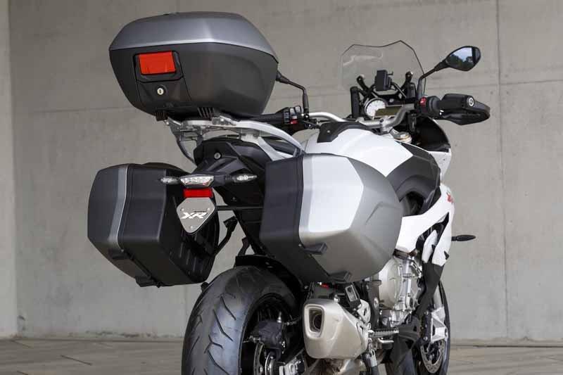 adventure-sports-bike-new-bmw-s-1000-xr-birth20150715-2-min
