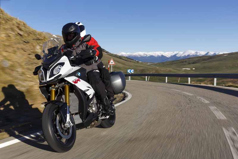 adventure-sports-bike-new-bmw-s-1000-xr-birth20150715-3-min