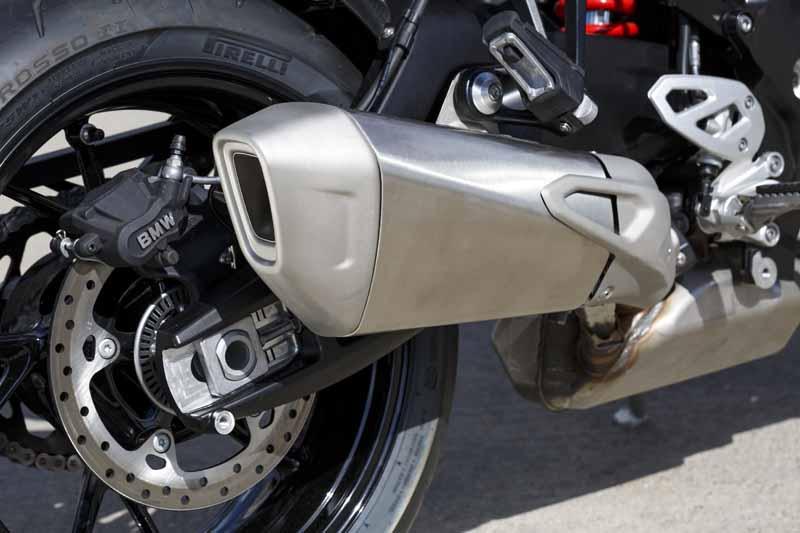 adventure-sports-bike-new-bmw-s-1000-xr-birth20150715-8-min