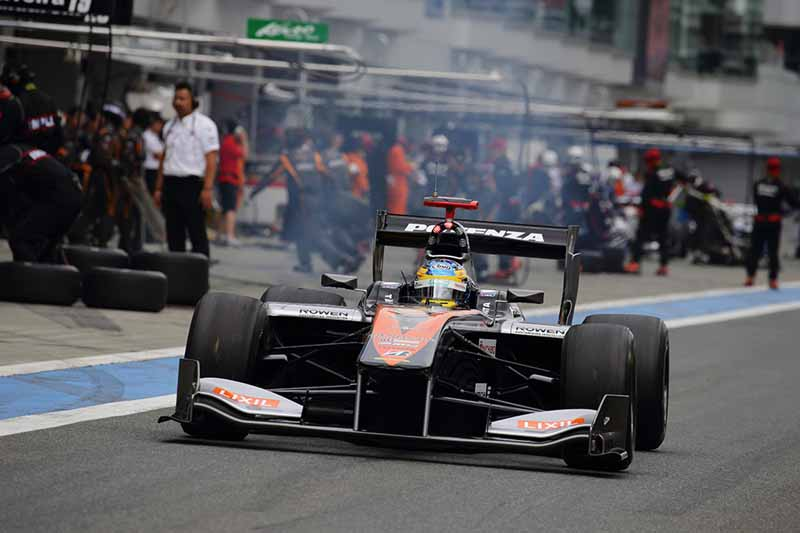 all-japan-championship-formula-super-round-3-jp-de-oliveira-victory20150721-3