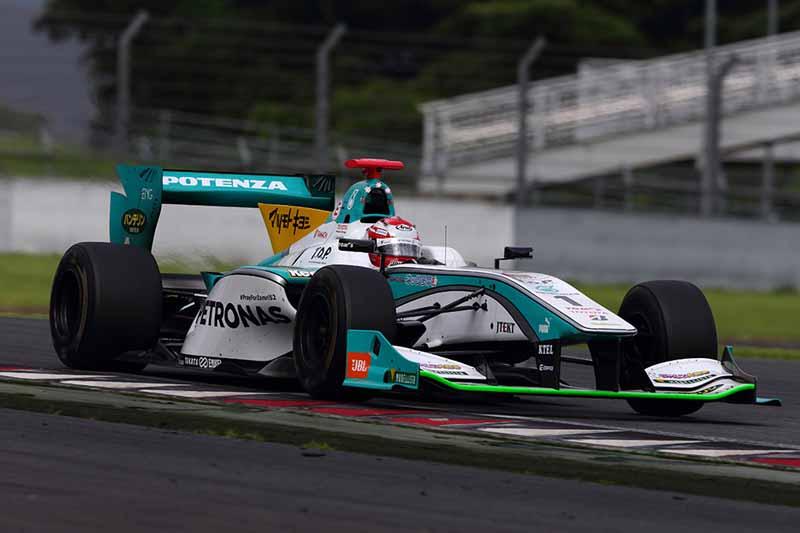 all-japan-championship-formula-super-round-3-jp-de-oliveira-victory20150721-4