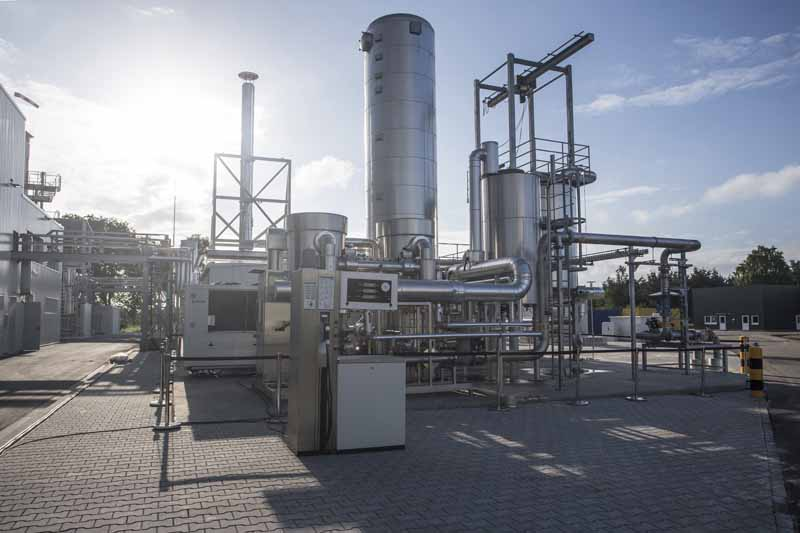 audi-e-gas-plant-contribute-to-the-electrical-grid-stabilization-in-germany20150716-1