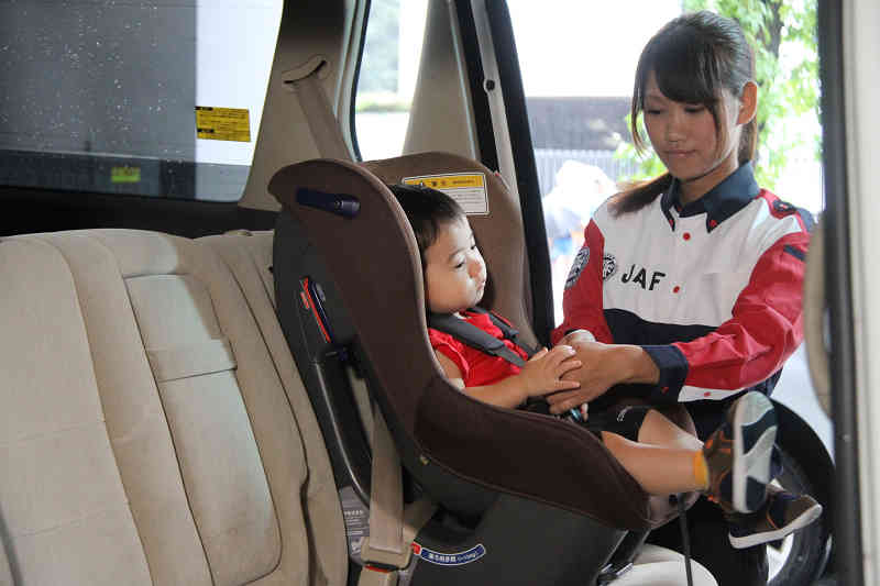 child-seat-use-rate-5-year-old-utilization-of-mandated-target-lower-than-last-year20150708-1-min