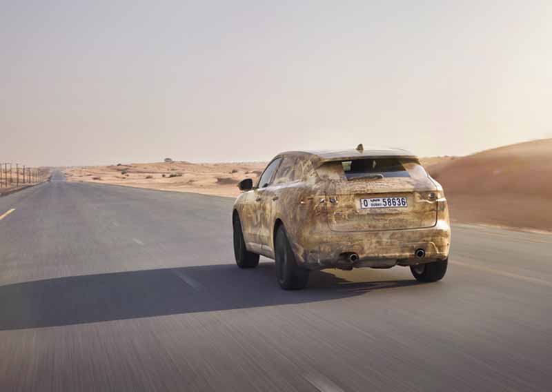 dared-traveling-test-under-extreme-environments-jaguar-f-pace-from-ice-to-burning20150730-4