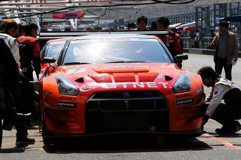 JAF Kyushu, is exhibited at the commercial vehicles based only endurance race %22Super durable series 2015 fourth round.%22-2