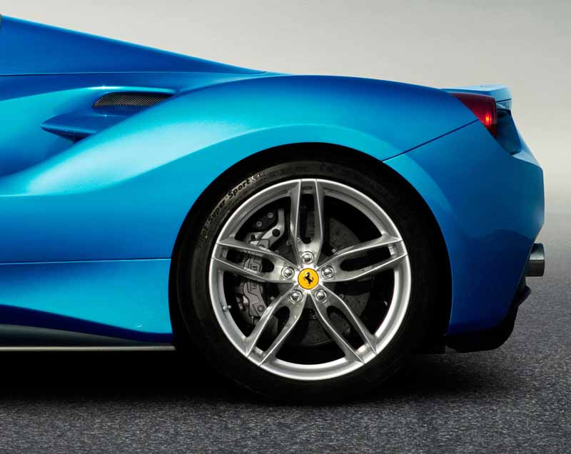 european-time-july-28-ferrari-488-spider-overview-published20150729-13