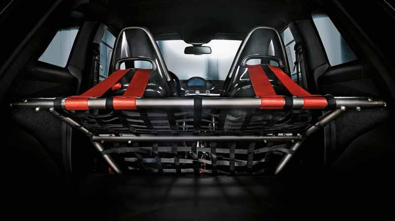 fca-japan-abarth-fastest-model-abarth-695-biposto-sale20150708-12-min