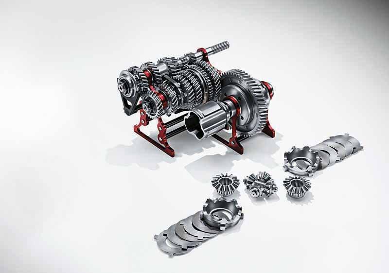 fca-japan-abarth-fastest-model-abarth-695-biposto-sale20150708-5-min