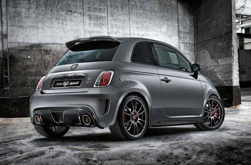 fca-japan-abarth-fastest-model-abarth-695-biposto-sale20150708-8-min