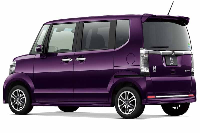 honda-launched-the-special-edition-models-of-the-n-box-and-n-box-20150711-3-min