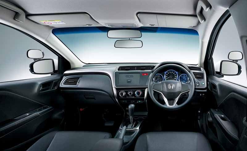 honda-setting-launched-a-training-car-compact-sedan-grace20150716-1-min
