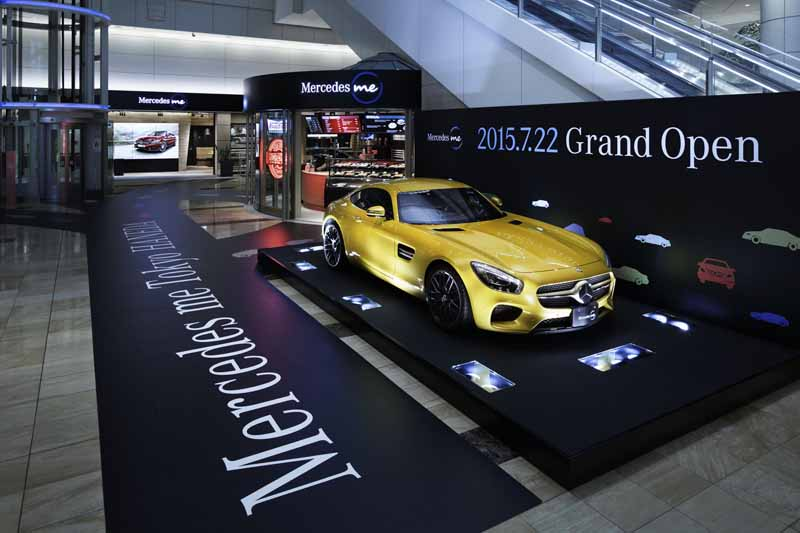 in-the-airports-first-mbj-brand-outgoing-base-mercedes-me-tokyo-haneda-opened20150721-2