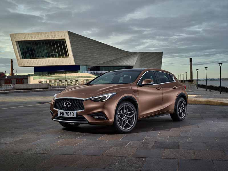infinity-to-finally-unveil-the-premium-compact-q30-in-frankfurt20150723-1